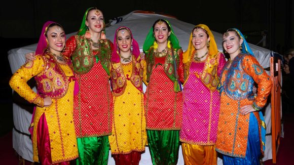 Corsi Di Bhangra RajawaraDance school & indian creative arts