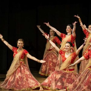 Corsi di Bollywood Dance Open Level De Angeli Milano RajawaraDance school & Indian creative arts