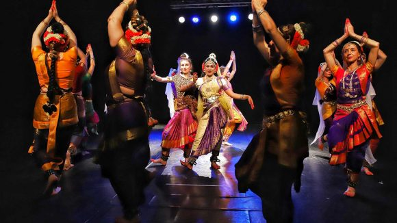 Corsi di Kuchipudi Rajawaradance school & indian creative arts